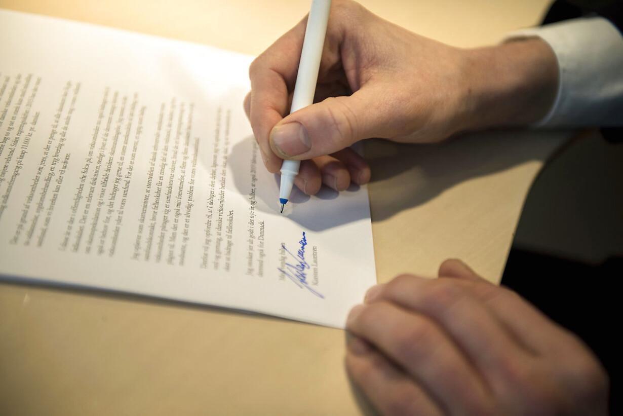 underskrivning front liste