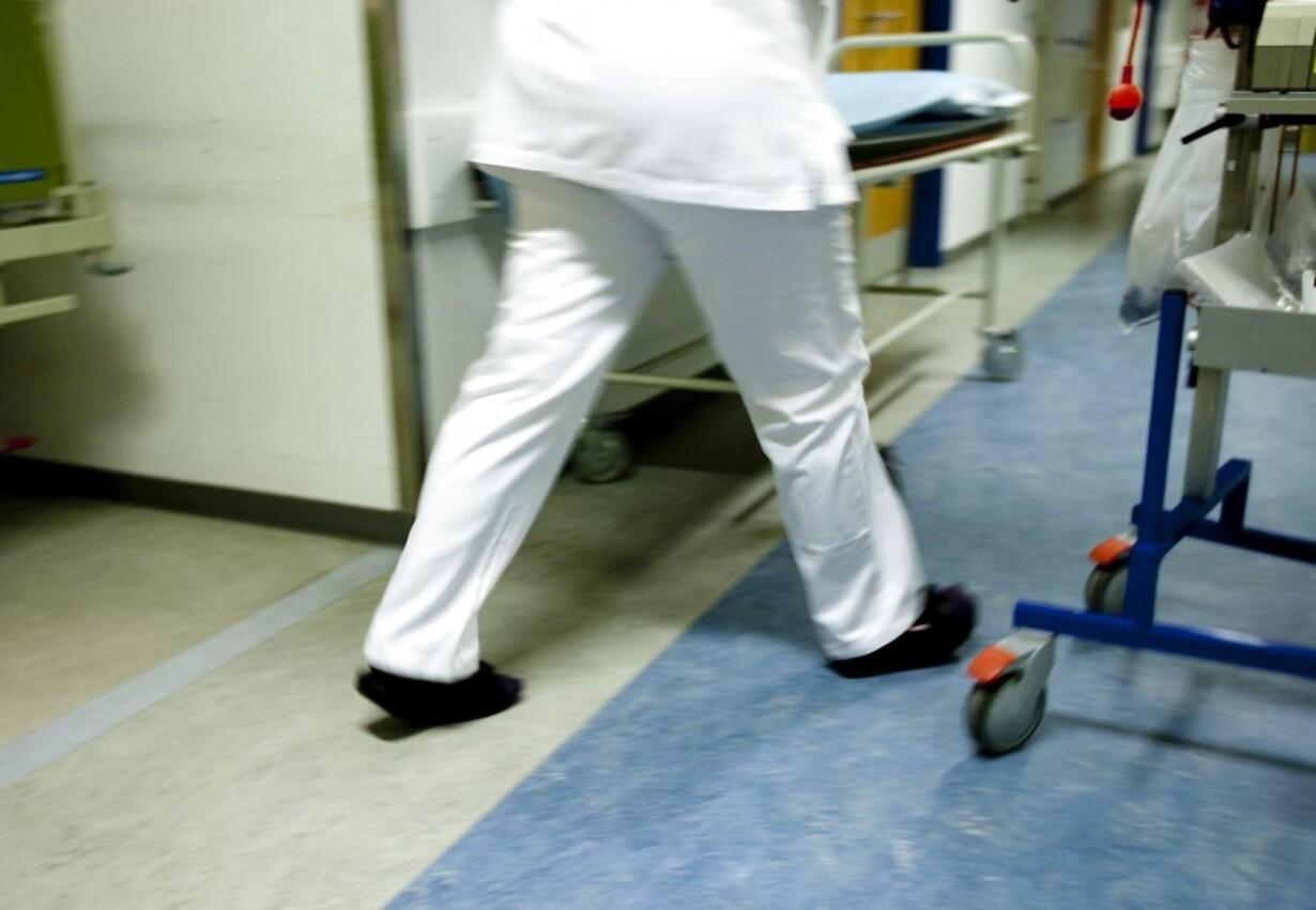 Syge stuves stadig sammen på sygehuse