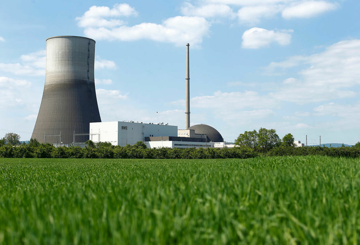 NUCLEARPOWER-PLANT/DISMANTLING