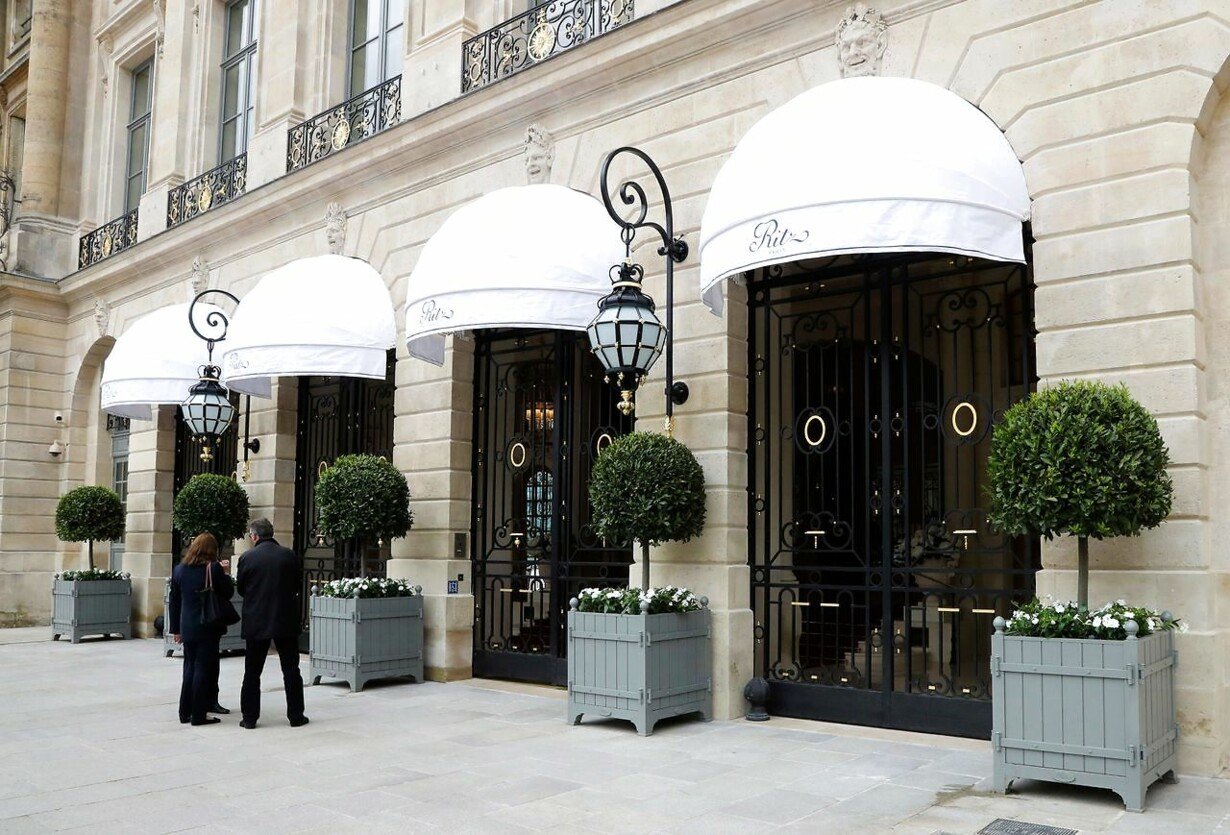 FILES-FRANCE-CRIME-THEFT-TOURISM-HOTEL