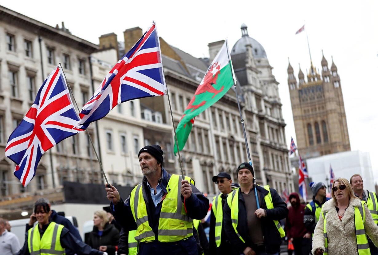 BRITAIN-EU/PROTEST