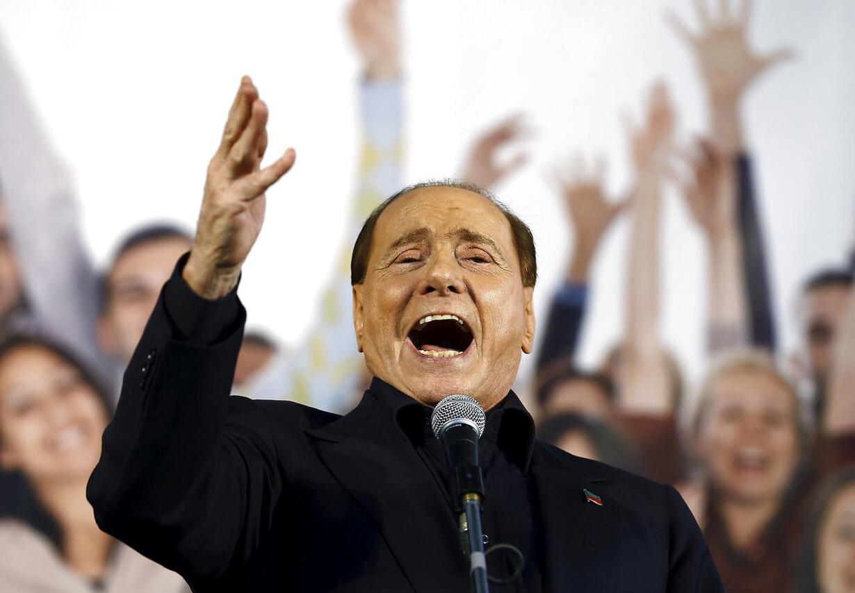 ITALY-POLITICS/BERLUSCONI