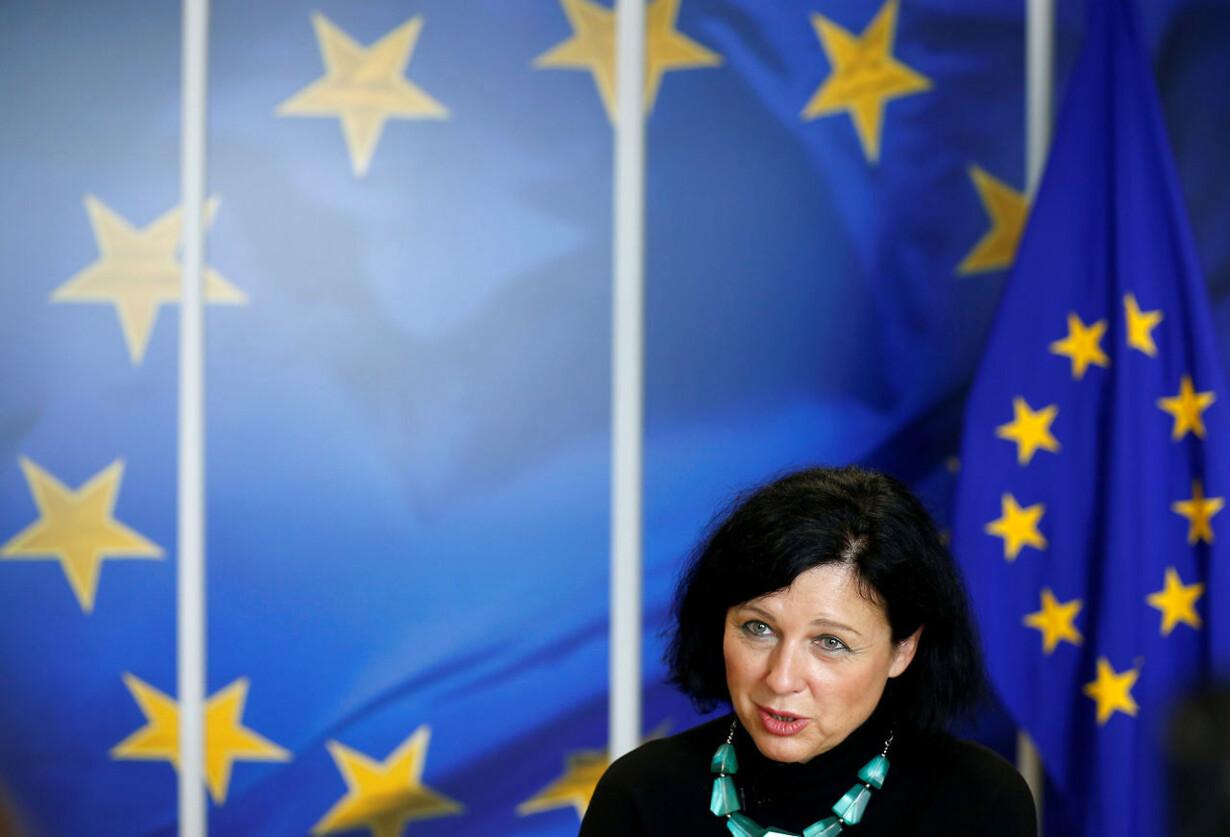 EU-PASSPORTS/