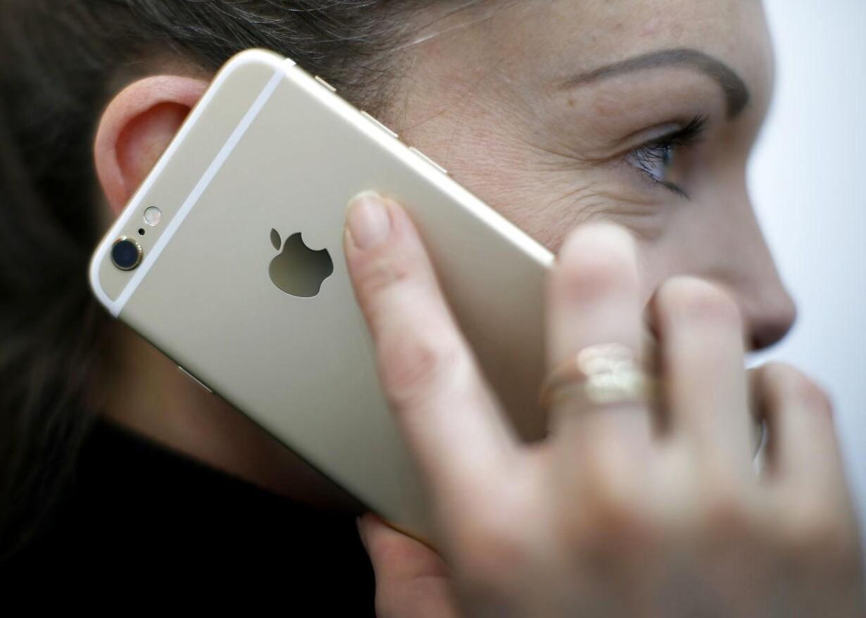 Regeringen vil afskaffe skat på fri telefon