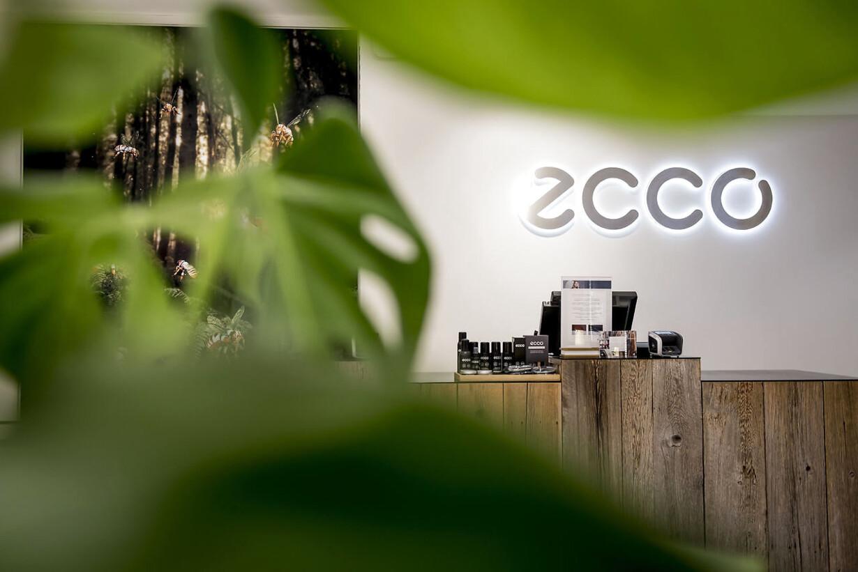 b2a57aa20a0 Ecco kom ud af 2018 med endnu et rekordregnskab, selv om skomarkedet er  under kraftig forandring. Butikken her på Strøget i København er et stort  ...