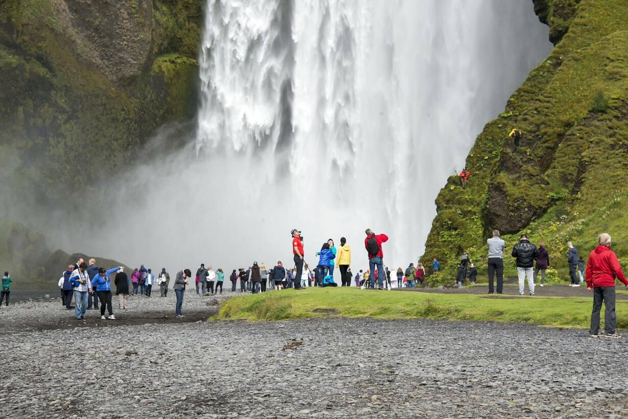 ICELAND-TOURISM-ENVIRONMENT