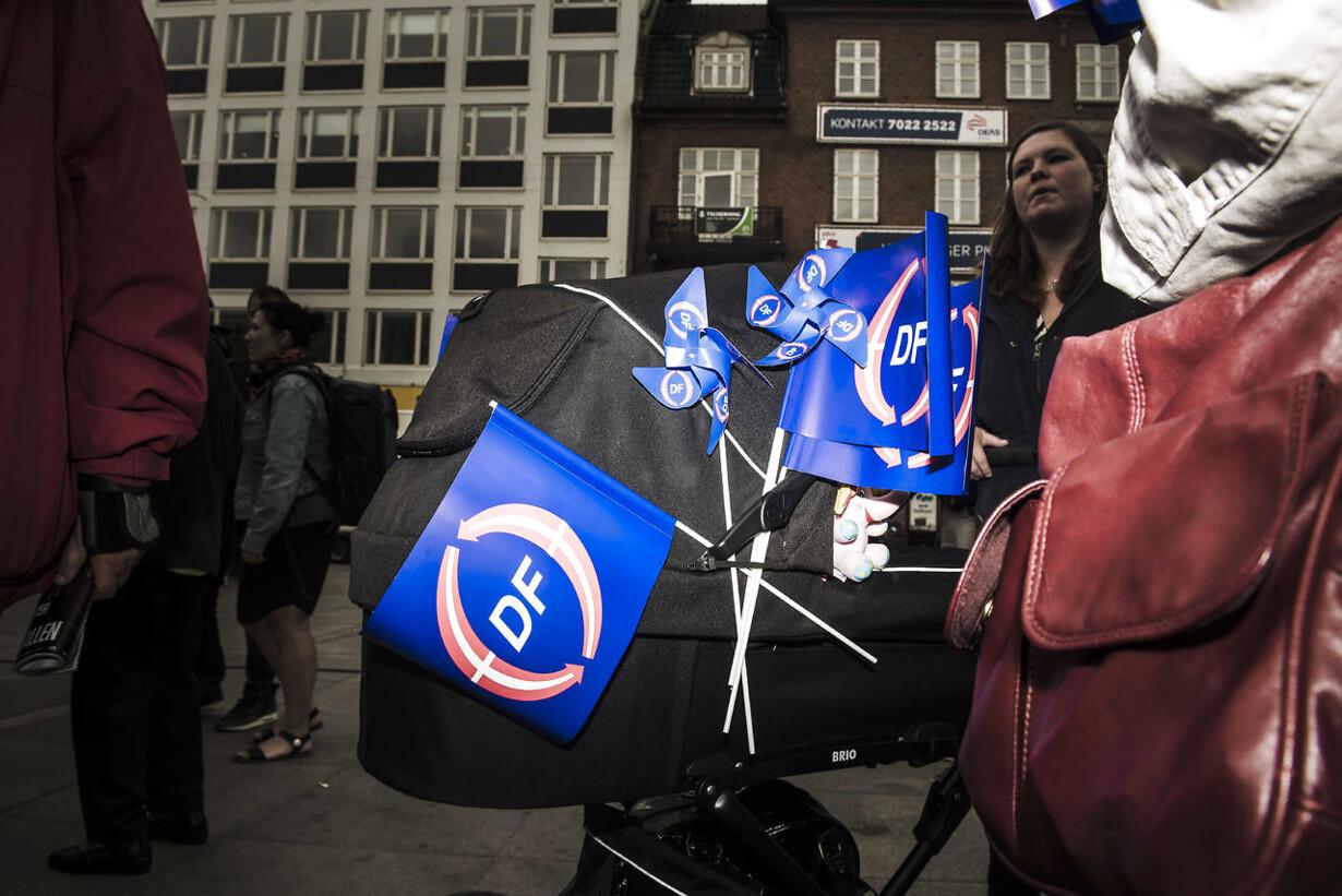 Internationale hug til dansk partistøtte