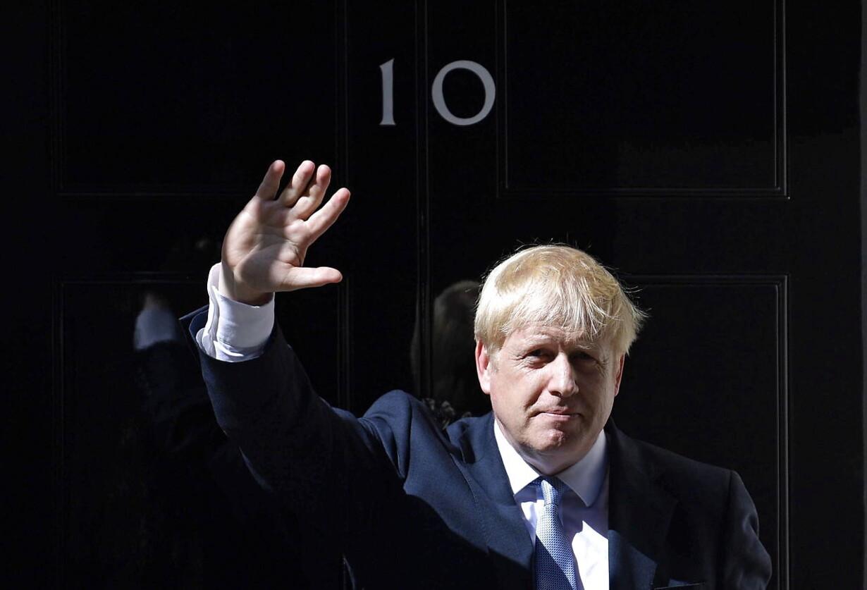 (FILE) BRITAIN GOVERNMENT