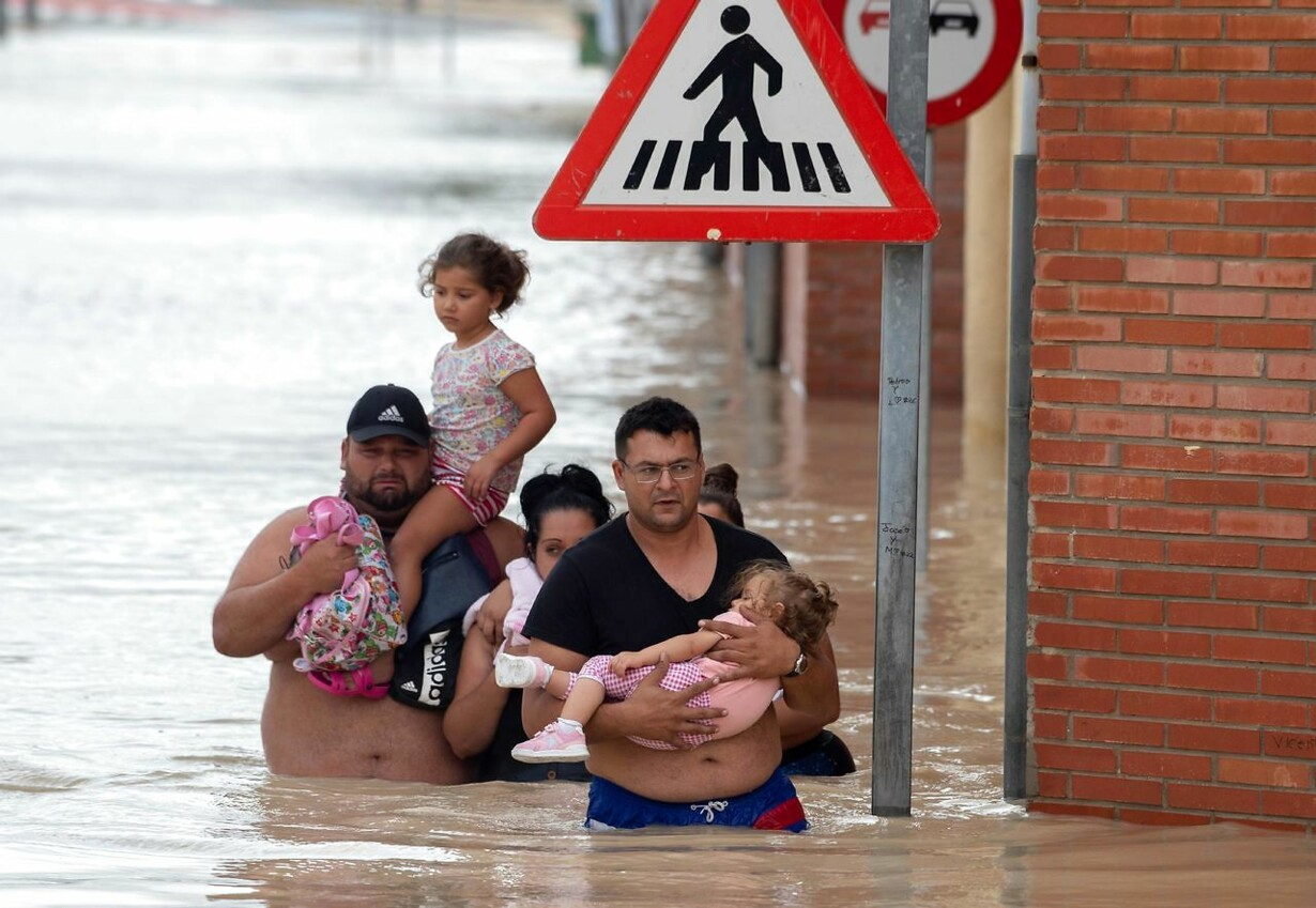 TOPSHOT-SPAIN-WEATHER-FLOODING