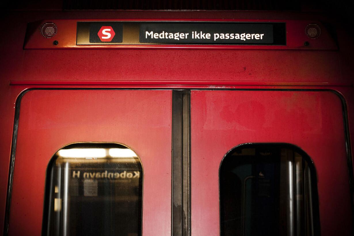 To unge mænd fængslet efter knivstikkeri i S-tog