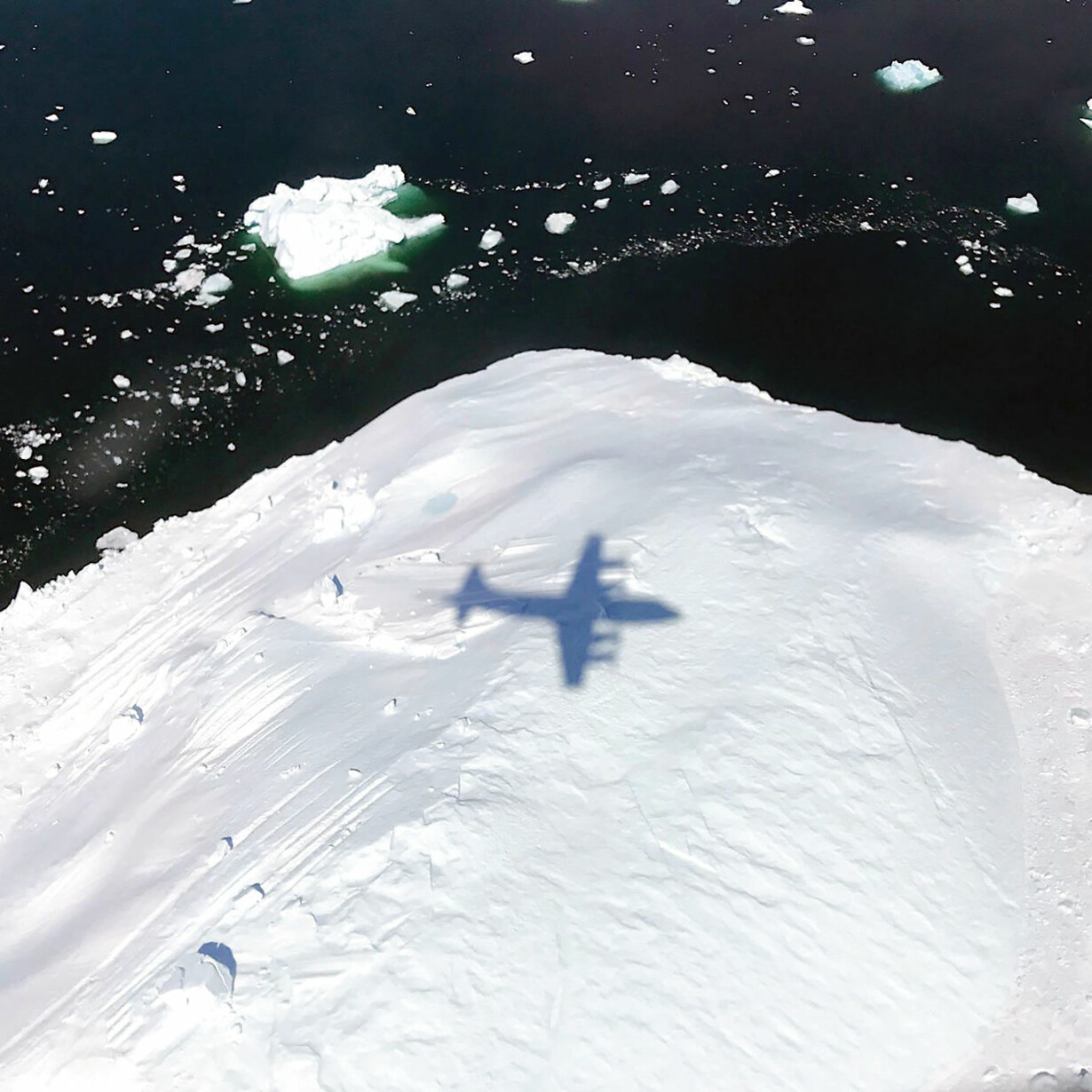 SPACE-GREENLAND-ICEBERG