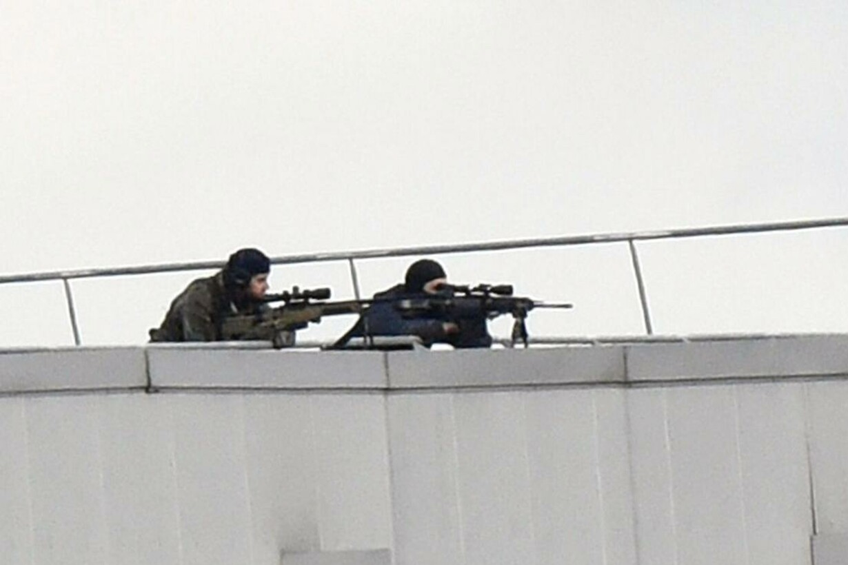 FRANCE-ATTACKS-CHARLIE-HEBDO-SHOOTING-SECURITY