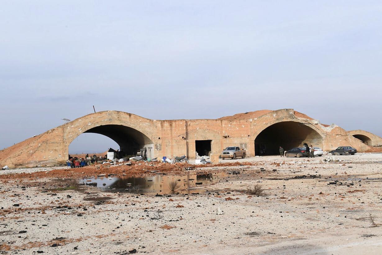 MIDEAST-CRISIS/SYRIA-AIRPORT
