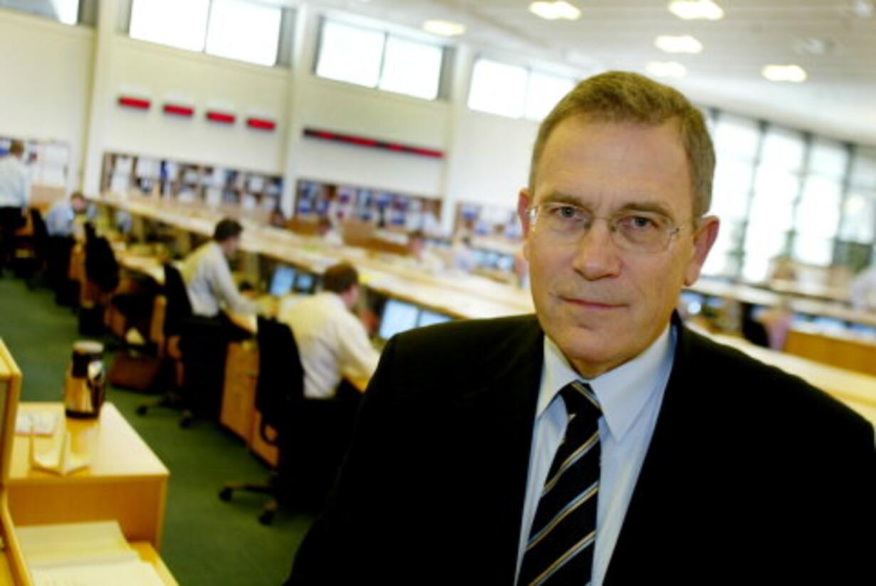 (04.03.04) Sydbank forsvarer  omstridt skattefradrag - 1