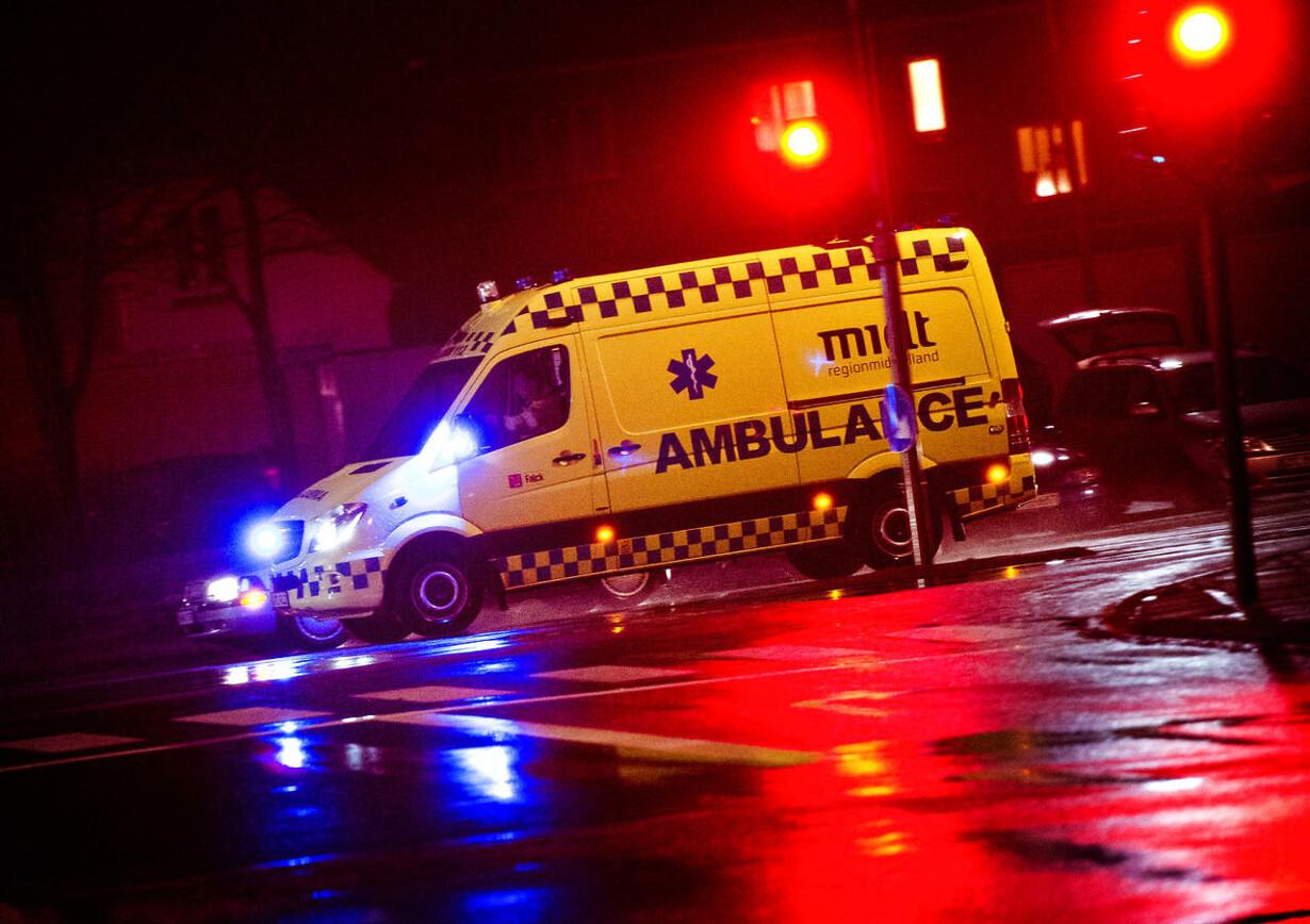 112: Ambulance i udrykning