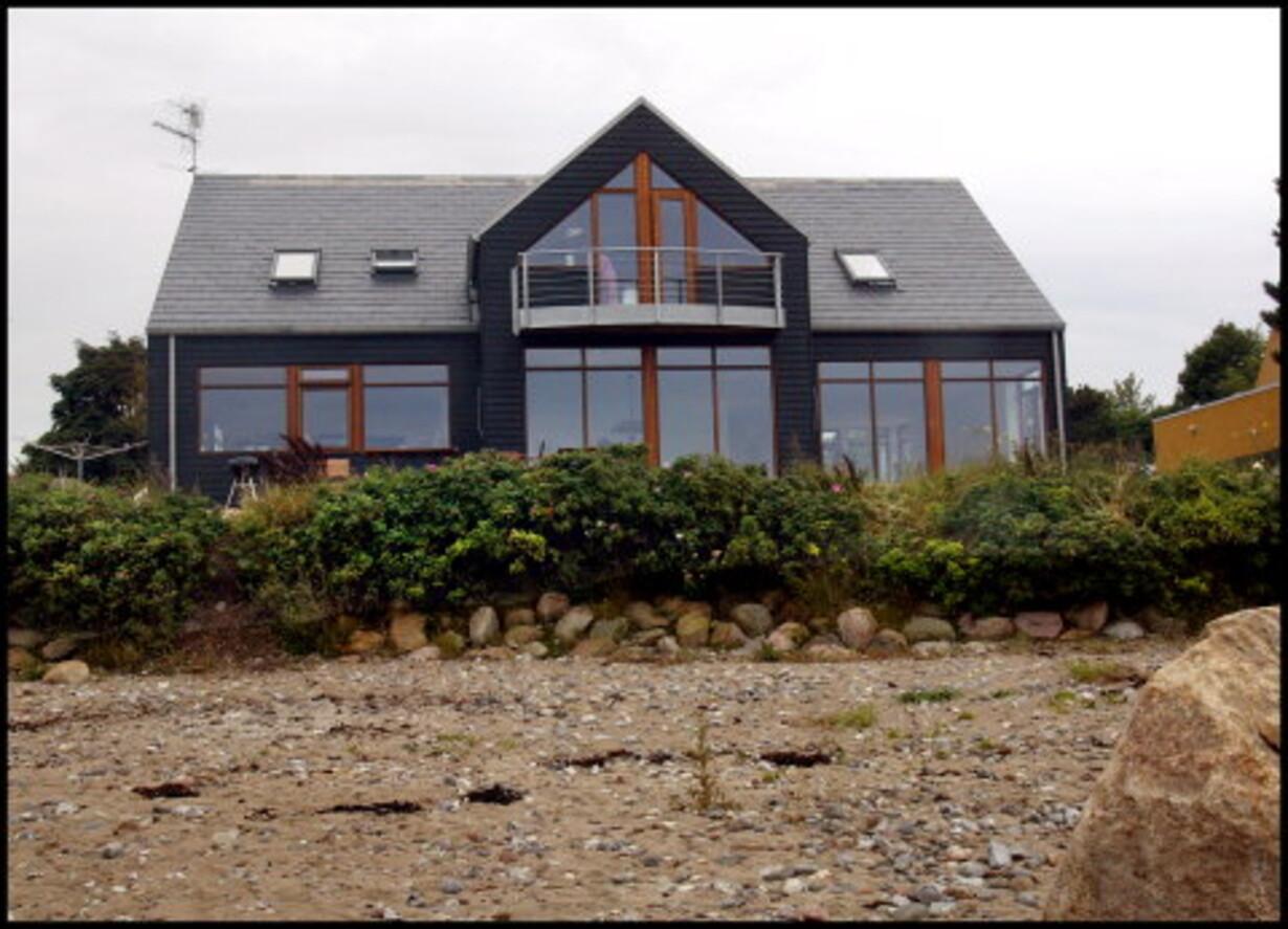 Modish Huset på stranden LI-06
