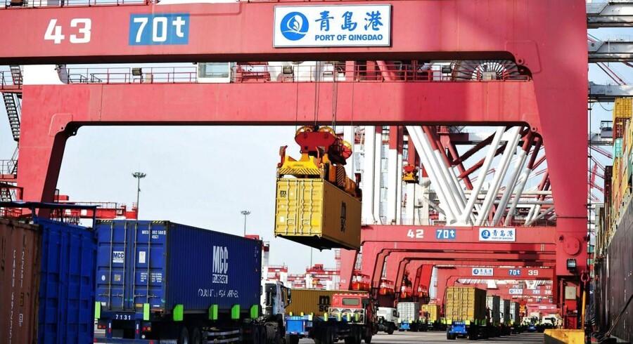 Containerhavnen i Qingdao i det østlige Kina