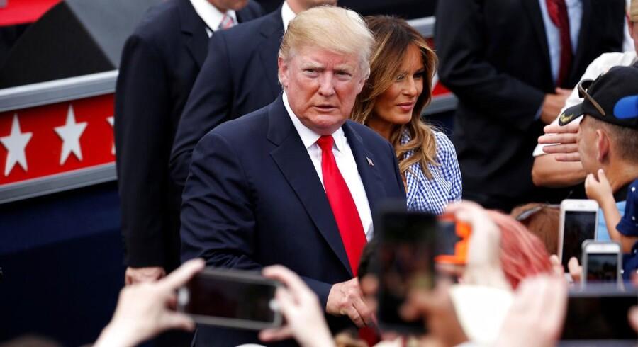 Den amerikanske præsident, Donald Trump, har truet med at lægge 20 pct. told på biler importeret fra EU. Nu har han sendt sin ambassadør i Tyskland i byen med et mildere budskab.