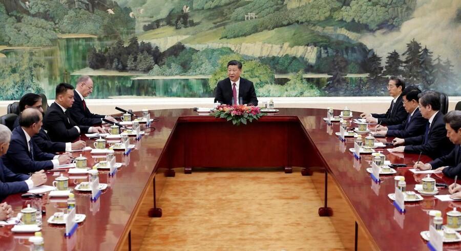 Arkivfoto. Den kinesiske regering annoncerede torsdag, at den fra den 1. juli vil reducere straftolden på en række amerikanske importvarer.