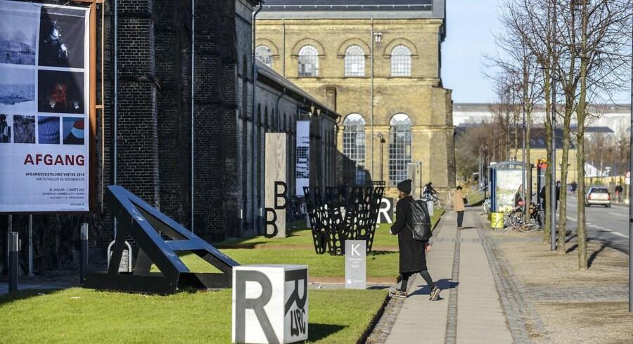 Flere af de arkitektstuderende på Det Kongelige Danske Kunstakademis Skoler for Arkitektur, Design og Konserverings (KADK) på Holmen i København er fra Norge og Sverige.