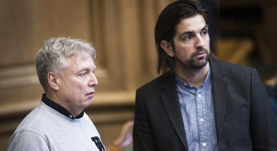 Uffe Elbæk og Rene Gade, der tidligere i dag d. 20. november opfordrede medlemmer fra Alternativet til ikke at deltage i partiets valgfest.