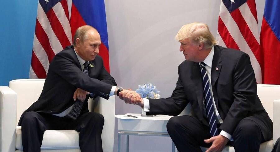 To dramatiske nyheder tegner nu omridset af, hvad Rusland reelt gjorde. Det var en storpolitisk ækvivalent til terrorangrebet 9/11, og verden har stadig ikke reageret, siger analytiker.