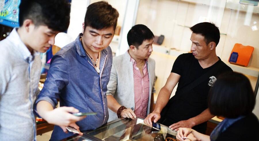 Der er masser af kinesiske turister i USA. Det er en af de væsentligste årsager til, at amerikanerne har stort overskud på handlen med serviceydelser over for Kina.
