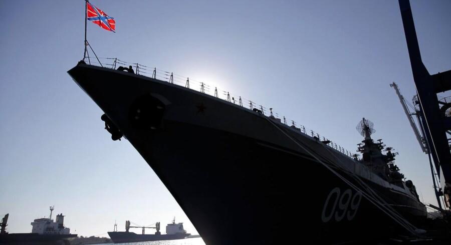 »Peter den Store« er en af de mange atombevæbnede fartøjer i den russiske flåde, der ligesom Ruslands flyvevåben de senere år har været særdeles aktiv i østersøområdet. Arkivfoto: Yiannis Kourtoglou