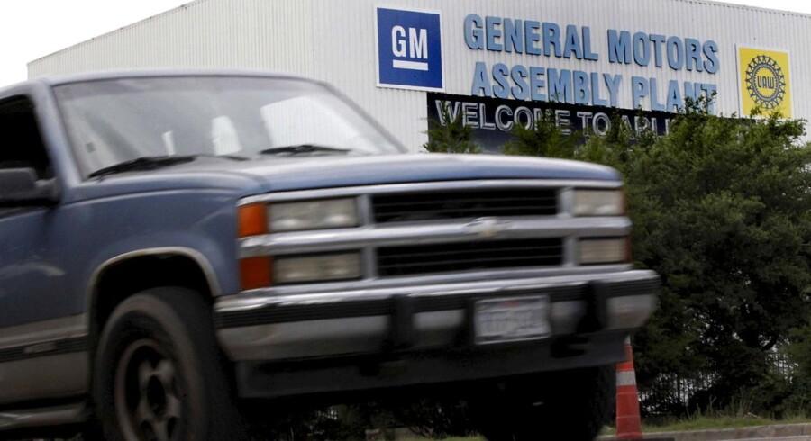 Den amerikanske bilproducent General Motors, GM, har indtil for nylig ejet blandt andet Opel for på den måde at producere biler til det europæiske marked.