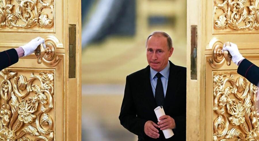 Arkivfoto: Ruslands præsident, Vladimir Putin, ankom onsdag til Iran, hvor han skal drøfte den multinationale atomaftale med Iran samt krisen i Syrien.