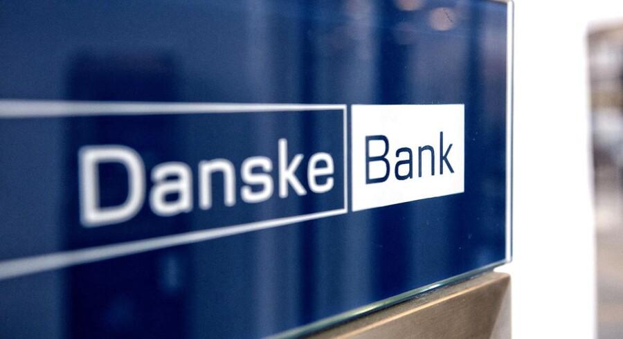 Norske DNB har skåret kursmålet for Danske Bank-aktien til 255 kr. fra 275 kr., men er fortsat positiv med en købsanbefaling, viser data fra Bloomberg News.