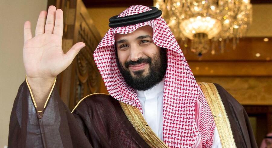 Normalt bruger man ordet »paladsrevolution« i overført betydning, men i Saudi-Arabien har de helt bogstaveligt gennemført en stor, gennemgribende ændring og ja, den fandt sted i et palads.