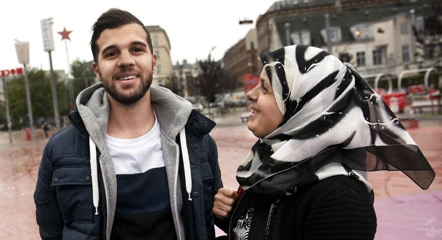 Mor og søn, Noura og Soufian Bendali stiller op til kommunalvalg for Nationalpartiet. De vil stoppe bandekonflikten.
