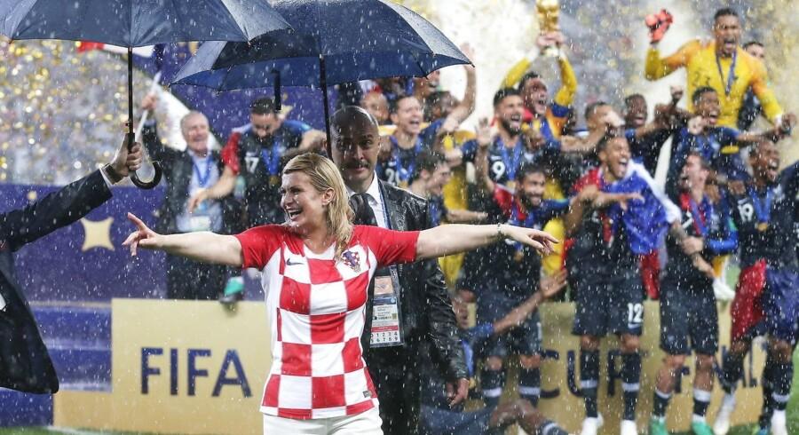 Kroatiens præsident var jublende lykkelig efter søndagens VM-finale. Men var det for meget?