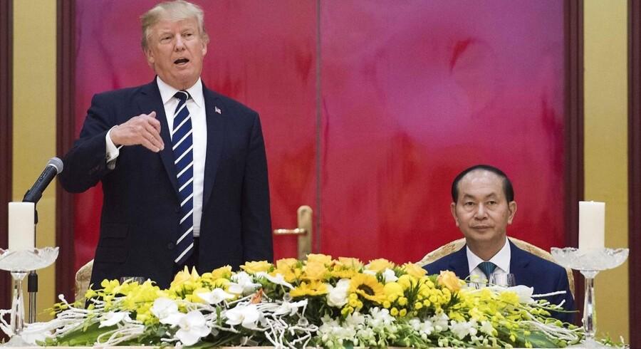 11 Apec-lande er enige om at gå videre med frihandelsaftalen TTP, selvom Donald Trump har trukket USA ud.