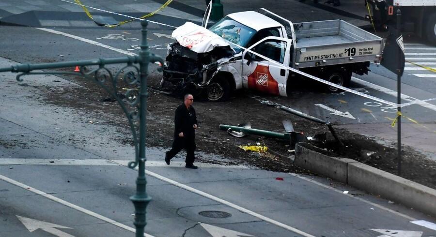 Billede af den pickup, der blev brugt til at lå otte mennesker ihjel i et terrorangreb i New York tirsdag.