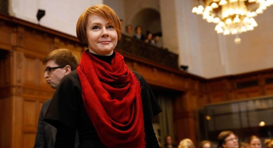 » I dag beder jeg retten om hjælp til at beskytte det ukrainske folks mest basale menneskerettigheder,« sagde Ukraines viceudenrigsminister Olena Zerkal i retten.