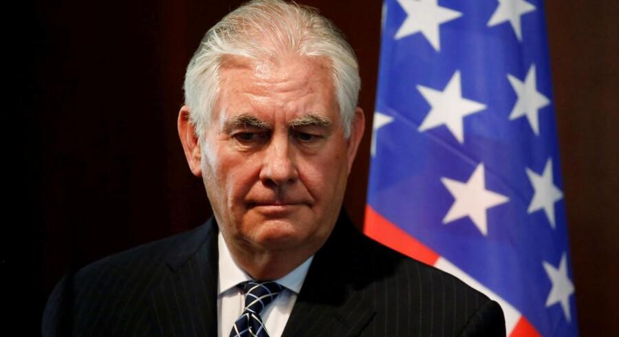 Rex Tillersons embedsperiode ophører formelt med udgangen af marts, men han er officielt færdig tirsdag aften.