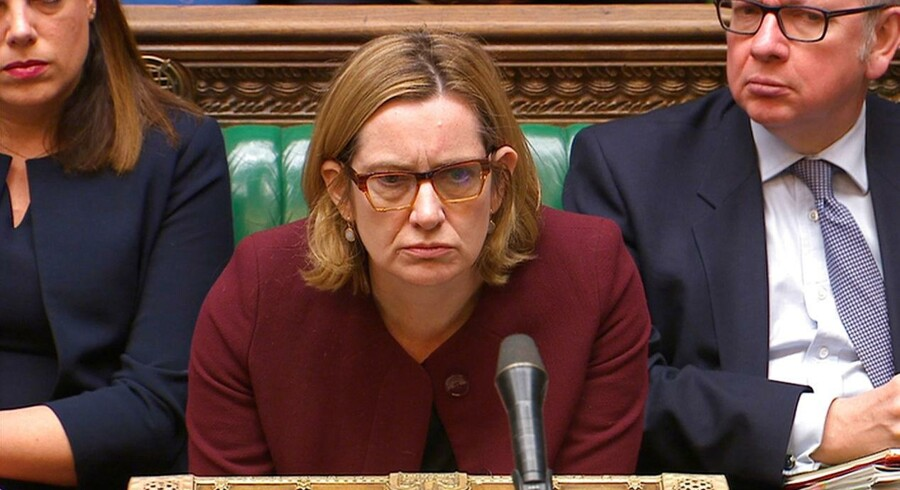 Amber Rudd måtte til sidst gå af som britisk indenrigsminister efter ugers intens kritik af den politiske linje over for immigranter, der i årtier har boet i Storbritannien, men nu bliver truet med udvidelse og nægtet sociale ydelser. Foto: Reuters