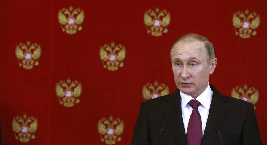 Præsidenten kommer dog ikke ind på, hvem der planlægger det formodede angreb.