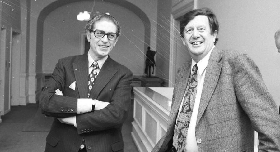 Arne Melchior (CD) til venstre protesterede i slutningen af 90erne, da Danmark besluttede, at Rusland ikke længere udgjorde en trussel. Til højre er det Erhardt Jakobsen, formand CD.