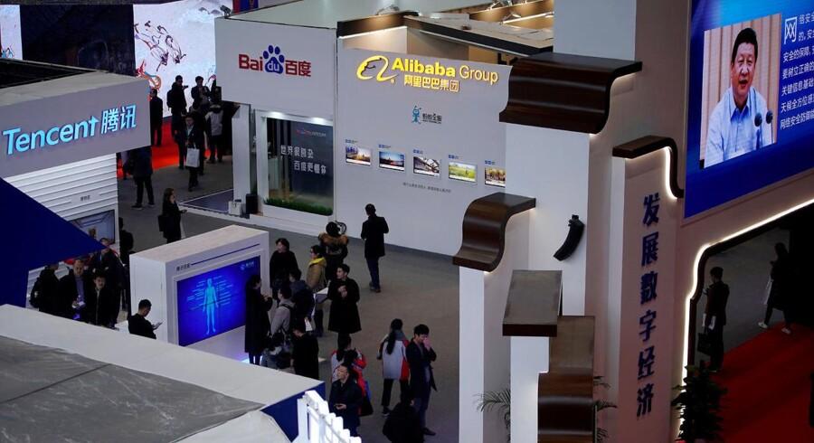Tre af de største kinesiske teknologiselskaber – Baidu, Alibaba og Tencent – har ifølge Shaun Rein, der er administrerende direktør for China Market Research Group, været omhyggelige med at vise deres loyalitet over for det regerende kommunistparti.