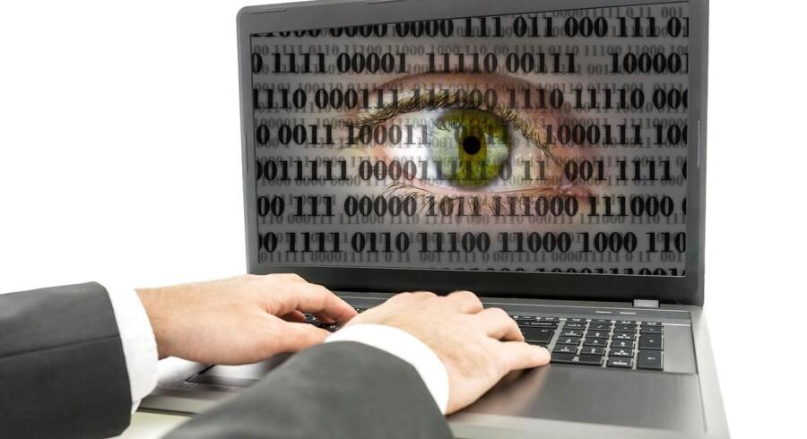 Danskernes brug af telefoner og Internet gennemregistreres på 11. år i træk, også selv om EU-Domstolen for halvandet år siden slog fast, at masseovervågning på denne måde er ulovlig. Arkivfoto: Iris/Scanpix