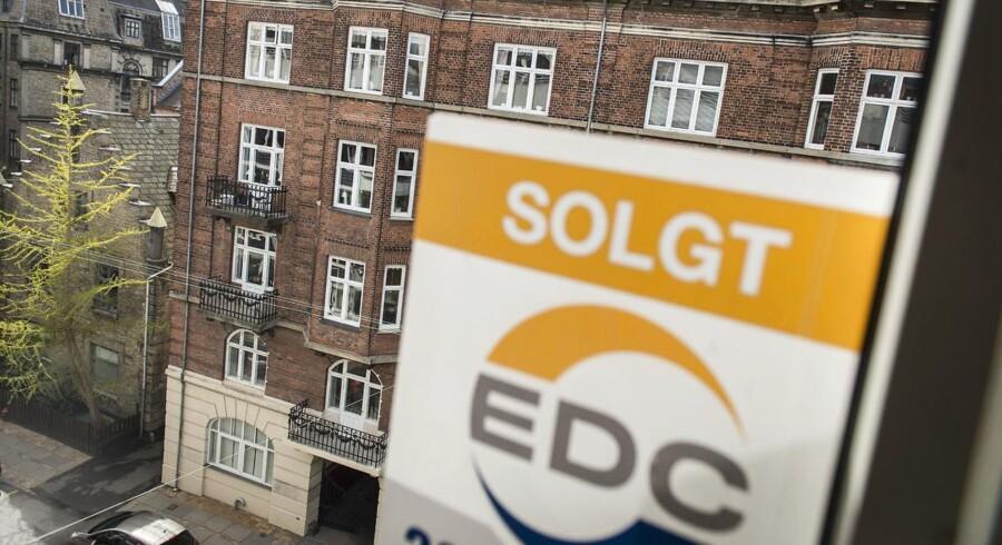 Priserne på ejerlejligheder såvel som huse tog sig et pænt spring op i årets første måned, viser nye tal fra Danmarks Statistik.