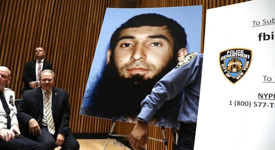 Den formodede gerningsmand bag et angreb i New York tirsdag eftermiddag Sayfullo Saipov erkender, at han handlede på vegne af den militante gruppe Islamisk Stat (IS). Spencer Platt/Getty Images/AFP