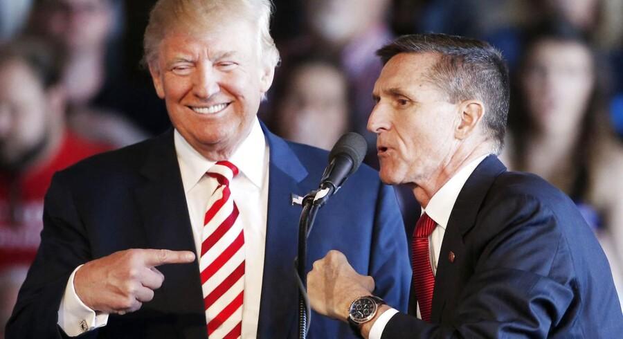 Trump og Flynn sammen til et vælgermøde - i bedre tider under valgkampen