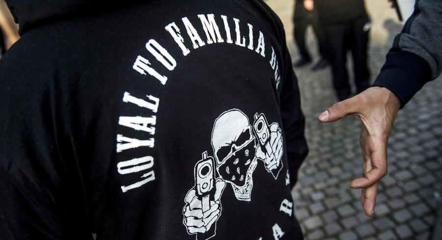 Op mod 40-50 medlemmer af Loyal To Familia (LFT) er mødte op foran Københavns Byret i forbindelse med sagen mod lederen Shuaib 'Shebi' Khan, onsdag den 27. september 2017.