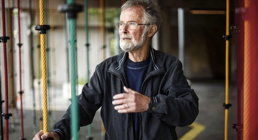 Per Schultz Jørgensen er uddannet skolelærer og psykolog og har forsket i børne- og familieliv i en længere årrække. Han var formand for Børnerådet i perioden 1998-2001 og er forfatter til flere bøger om bl.a. børneopdagelse – senest bogen »Robuste børn«, der udkom tidligere på året.