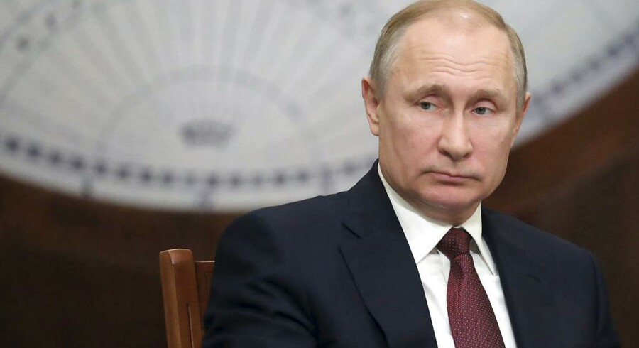 (Michael Klimentyev, Sputnik, Kremlin Pool Photo via AP)