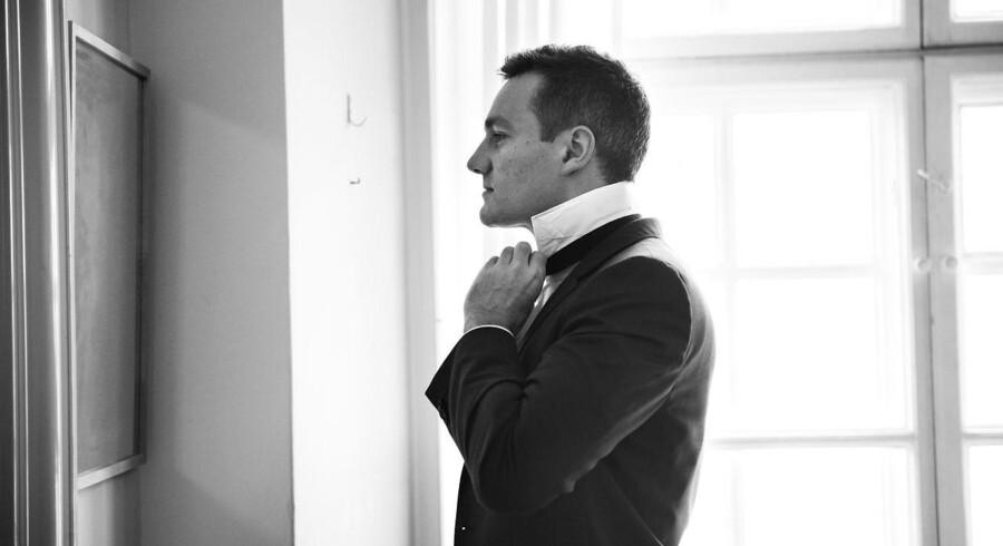 De Konservatives Rasmus Jarlov fotograferet på sit kontor på Christiansborg i april 2016.
